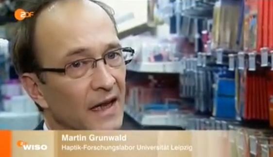 Der Leipziger Haptikexperte Martin Grunwald. (Bild: ZDF)