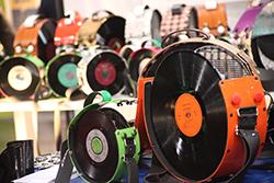 Haptik & Vinyl: Weg von der Gefühllosigkeit ©stapag