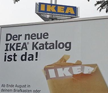Werbung für den neuen Ikeakatalog