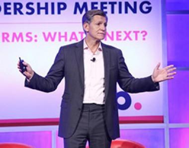 Ein neues Gleichgewicht zwischen Analog- und Digital-Marketing